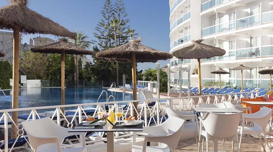 all-inclusive service for your holidays in the hotel palia las palomas in malaga